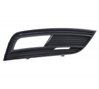 Решетка переднего бампера правая Audi A4 B8 12-, Polcar