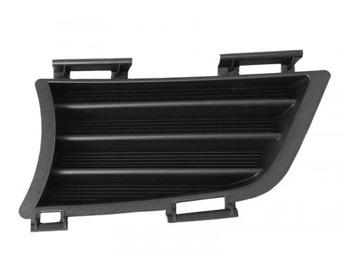 Решетка переднего бампера левая черная Pontiac Vibe 05-, TYG